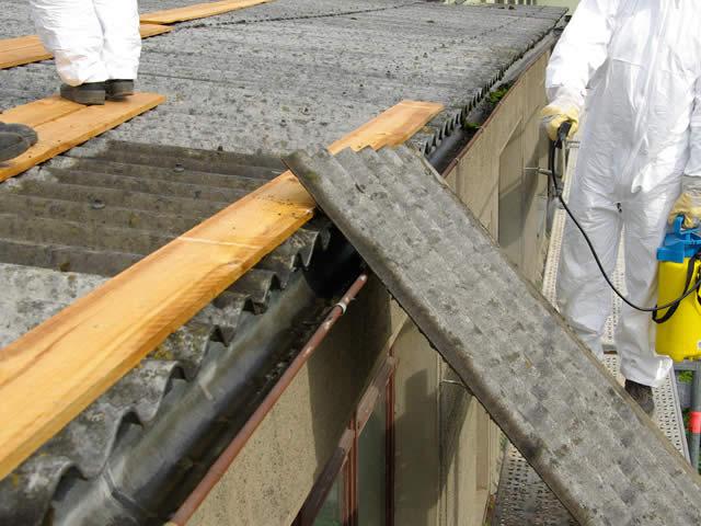 Asbestdaken vanaf 2024 verboden | offerte asbest inventariseren