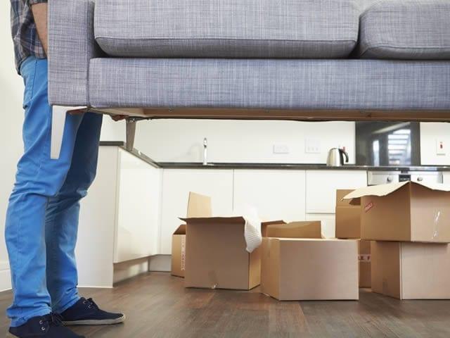 Niet zelf meer uw zware meubilair sjouwen | offerte verhuisbedrijven